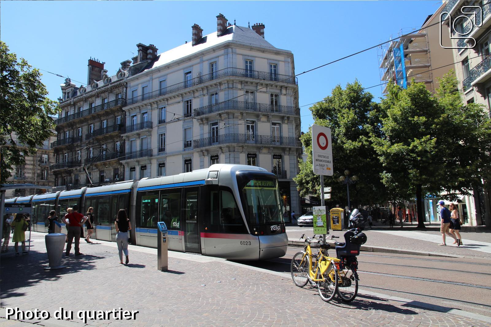 Immobilier quartier centre ville victor hugo grenoble for Piscine clos d or grenoble
